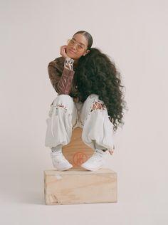 Black Girl Magic, Black Girls, Black Women, Tupac Pictures, Looks Hip Hop, Photoshoot Themes, Black Girl Aesthetic, Foto Pose, Female Singers