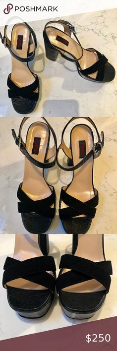 AXEL Vero Curio Suede/Leather Sandal SZ 9 AXEL Suede Sandal platform heels.   New without box  Size: 39 US9 Color: Black Axel Shoes Heels