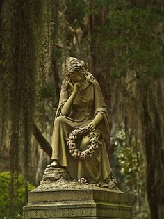 Bonaventure Cemetery: this is in good condition but could use a gentle cleaning. Use water, baking soda, and a soft brush, never use any salt, soap, or chemicals.
