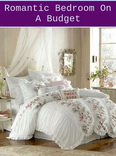 Shabby chic look is founded on using pieces of furniture and furnishings which might be time, worn and comfortable that will match easy and practical ... Cottage Shabby Chic, Shabby Chic Mode, Style Shabby Chic, Cottage Style, Cottage Design, Shabby Chic Pink, Romantic Shabby Chic, Romantic Home Decor, Romantic Cottage