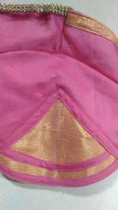 Hand designs Saree Blouse Patterns, Sari Blouse Designs, Designer Blouse Patterns, Designer Dresses, Sewing Blouses, Blouse Models, Saree Styles, My Boutique, Hand Designs