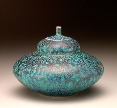 https://www.facebook.com/JohnTiltonPottery/photos/pcb.997335960295754/997334093629274/?type=1