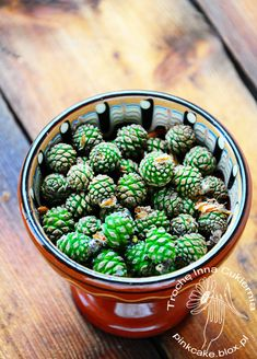 dżem z szyszek sosny, pine cones jam Pine Cones, Spices, Herbs, Homemade, Canning, Vegetables, Recipes, Smokehouse, Tortillas