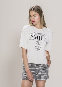 "Smile Logo Print Tee. Material: 95% Viscose 5% Elastane. Model wears UK size S and her height is 5'8"" - www.froww.com"