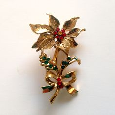 Poinsettia Pin Beatrix Poinsettia Brooch Gold and Rhinestones Vintage... ($20) ❤ liked on Polyvore featuring jewelry and brooches