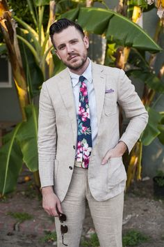 """23aeb02605 kipperclothiers  """" Kipper Tip — Beat the Heat  Linen and Seersucker fabrics  are great alternatives to Wool for the summer months. This suit is linen  paired ..."""