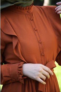 Arab Fashion, Muslim Fashion, Hijab Style Tutorial, Modele Hijab, Mode Abaya, Girls Maxi Dresses, Designer Party Wear Dresses, Sleeves Designs For Dresses, Business Casual Dresses