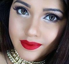 Eid Makeup for Day and Night Eid Makeup, Party Makeup, Last Day Of Ramadan, Mehndi Video, Asian Bridal Makeup, Hair Hacks, Hair Tips, Makeup Looks, Night