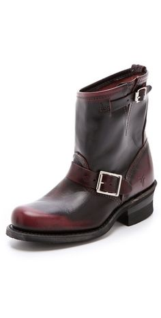 I die! Frye Engineer 8R Boots in PLUM! On sale. #MadeinUSA Made in USA.