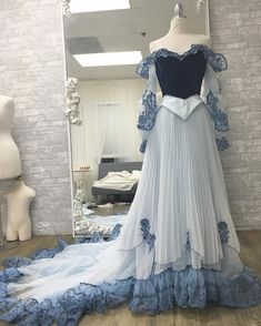 Make it blue!!! #sleepingbeauty #princessaurora #designerdaddy #disneyprincess #aurora #blue
