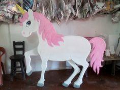 piñateria en villavicencio: unicornio en icopor