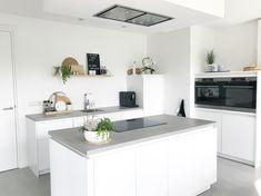 Future House, Kitchen Design, Kitchen Ideas, Kitchen Island, New Homes, House Design, Interior Design, House Styles, Room