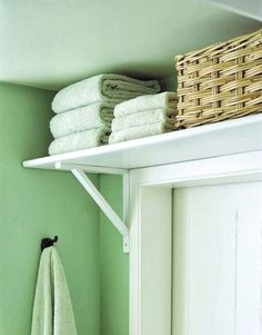 Put a shelf over bathroom door for extra storage. This is brilliant Space saver. Put a shelf over bathroom door for extra storage. This is brilliant Diy Home, Home Decor, Diy Casa, Small Bathroom Storage, Small Space Bathroom, Bath Towel Storage, Small Bathroom Furniture, Space Saving Bathroom, Small Space Kitchen