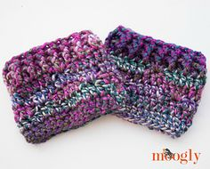The Luscious One Skein Cowl pattern inspired a hat, fingerless mitts… and now, a matching pair of boot toppers! Introducing the Luscious One Skein Boot Cuffs! You can make these with just one skein of Lion Brand Unique, or the bulky yarn of your choice.