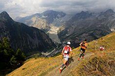 26/08/2011-CCC-Montée refuge Bonatti (ITA)  © The North Face® Ultra-Trail du Mont-Blanc®-Franck Oddoux