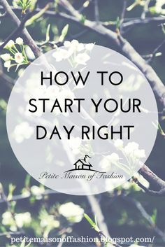 How to Start Your Day Right each morning - tips like doing yoga, eating a balanced breakfast and many more things! #fitness #lifestyle
