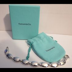 New Tiffany & Co Silver Pebble Link Bracelet Rare Gorgeous guaranteed Tiffany Pebble Oval Link Bracelet. Comes with Box and dust bag Tiffany & Co. Jewelry Bracelets