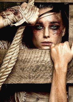 Ogni tipo di violenza, fisica o psicologica appartiene alla crudeltà dell'anima. Ci sono uomini e donne che implodono di invidia per distruggere ogni cosa che gli genera quel senso patologico…