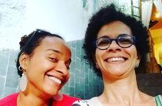 Vejam quem eu achei dando pinta no Rio Vermelho! Dona Alana Primavera que agora está à frente de um espaço cultural na Almirante Barroso o @pluralcomovoce. Sucesso!