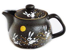 Amazon.com   I rabbit Kutani pottery teapot pot (with tea strainer): Teapots