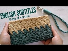 Crochet Bag Tutorials, Crochet Videos, Crochet Patterns, Easy Crochet, Knit Crochet, Bag Pattern Free, Crochet Shoes, Crochet Accessories, Handmade Bags
