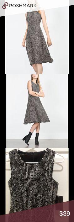 Zara Herringbone Dress, XS. Zara Herringbone Dress, XS. Zara Dresses Midi