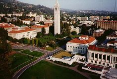 University of Berkeley, California College Campus, College Life, Berkeley Campus, Usa University, Dream School, Future Travel, Vacation Destinations, College Students, My Dream