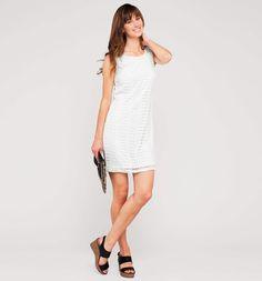 Трикотажные платья в белом