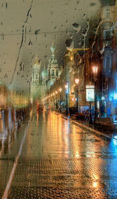 A rainy night in Saint Petersburg, Russia Walking In The Rain, Singing In The Rain, Rain Photography, Street Photography, White Photography, Minimalist Photography, Beautiful Places, Beautiful Pictures, I Love Rain