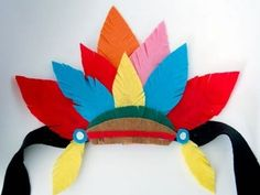Indian headdress for Thansgiving. Hat Crafts, Diy And Crafts, Arts And Crafts, Paper Crafts, Indian Crafts, Indian Art, Diy For Kids, Crafts For Kids, Thanksgiving Crafts