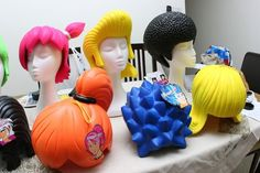 'Wiggin Out' Foam wigs