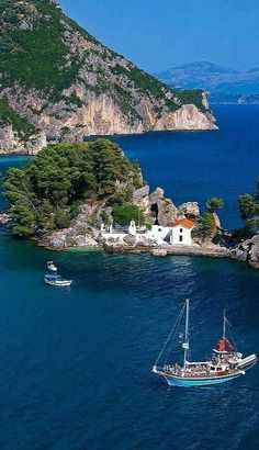 """La isla de Panagia frente a la costa de Parga, Preveza - Grecia "" Places Around The World, Oh The Places You'll Go, Travel Around The World, Places To Travel, Places To Visit, Around The Worlds, Mykonos, Santorini, Dream Vacations"