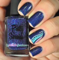 The rebellious paillette on Bloglovin - 'lapaillettefrondeuse' using Pretty Serious Cybernetic Polish w' nail art decal <3<3<3