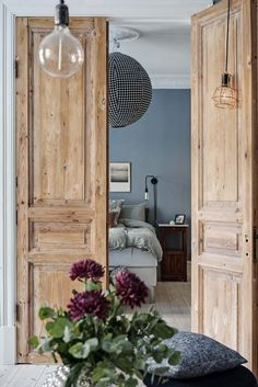 Choosing a French Door For Your Home Prehung Interior French Doors, Interior Barn Doors, Home Interior, Interior Design, Brown Interior, French Interior, Shaker Style Interior Doors, French Country Interiors, Double Doors Interior