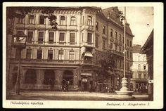 Philadelphia kávéház, Pauler és Alagút utca sarkon, az OTP ház helyén. 1895-ben nyitotta meg Veress Pál. Elsősorban tisztviselők látogatták, de írók, művészek is gyakran megfordultak benne. Így állandó vendég volt itt Ady Endre, Szabó Dezső és a Budai Színkör tagjai. 1935-ben szűnt meg a kávéház, épületét később lebontották.