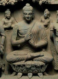 Alexander the Great & the Buddha Gautama Buddha, Buddha Buddhism, Buddha Art, Buddha Statues, Temples, Alexandre Le Grand, Buddha Temple, India Art, Buddhism