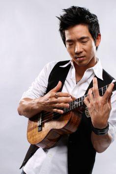 Jake Shimabukuro    Ukulele    i aspire to play with such passion.