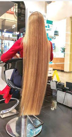 Long Dark Hair, Long Hair Cuts, Long Hair Styles, Long Blond, Really Long Hair, Super Long Hair, One Length Haircuts, Waist Length Hair, Red Hair Woman