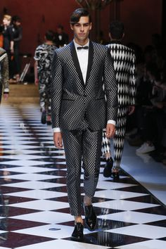 3006704bb9e74 Mimetic of the Jazz Age s classic opulence, Dolce  amp  Gabbana have  favoured the deep · Dolce And Gabbana 2017 · Men Fashion Show ...
