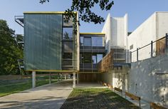 Gallery of Innovative Companies Hotel In Anglet / Guiraud-Manenc - 3