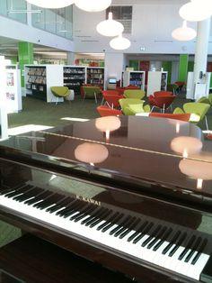 ryde-library-grand-piano.jpg (1536×2048)