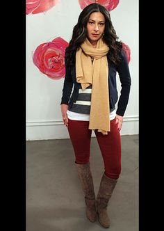 Love the red leggings and how just a few pieces look cool. Need a perfect striped top. Casual Outfits, Cute Outfits, Blazer Outfits, Casual Wear, Fall Outfits, Fasion, Fashion Outfits, Women's Fashion, Fashion Ideas