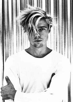 brad pitt as a angel Oklahoma, Jennifer Aniston, Brad Pitt And Angelina Jolie, Young Brad Pitt, Brad Pitt Hair, Brad Pitt Photos, La Sainte Bible, Tyler Durden, Kris Kristofferson