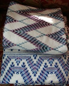How to Weave an overshot coverlet on an 8 harness Jack loom « Weaving