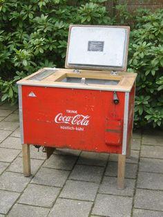 1000 images about coca cola cooler on pinterest coca cola coolers and vintage coca cola. Black Bedroom Furniture Sets. Home Design Ideas