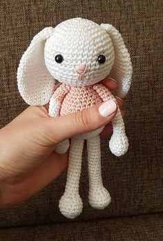 Ravelry: Jenny the Bunny, free crochet pattern by Janine, amigurumi, stuffed toy, bunny, #haken, gratis patroon (Engels), konijn, knuffel, speelgoed, #haakpatroon