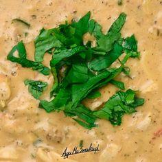 10 przepisów na sos do makaronu - wegańskie i bezglutenowe ⋆ AgaMaSmaka - żyj i jedz zdrowo! Vegan Soups, Risotto, Spaghetti, Ethnic Recipes, Food, Yogurt, Essen, Meals, Yemek