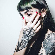 Hannah Pixie Sykes/Snowdon — Hannah Sykes by Ashley Osborn, tattoos by Raphcemo
