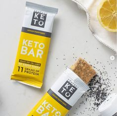 The 4 best protein bars for you low carbs gluten free with BCAA no add sugar healthy and to testy help in muscle gain and best food for after a workout. Keto Protein Bars, Low Carb Bars, Keto Bars, Best Protein, Pure Coconut Oil, Collagen Protein, Energy Snacks, Keto Diet For Beginners, Good Fats