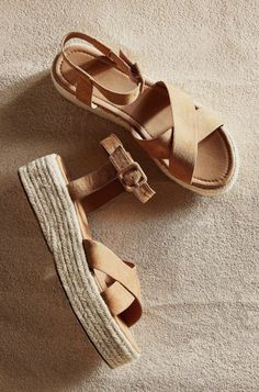 cora flatform espadrille sandal || urban outfitters style